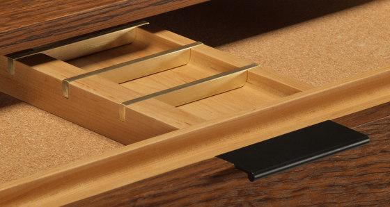 wishbone drawer desk-small di Skram   Scrivanie