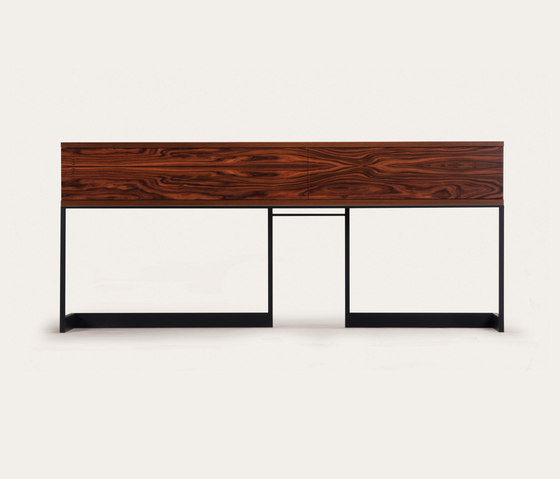 wishbone sideboard container di Skram | Consolle