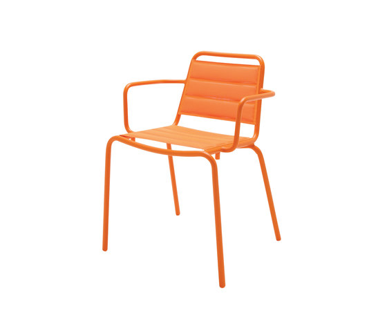 Nomad Padded Sling Stacking Chair with Arms by Gloster Furniture GmbH | Garden chairs