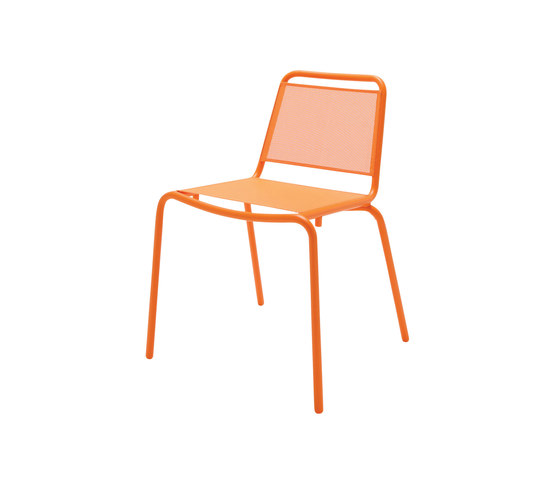 Nomad Sling Stacking Chair by Gloster Furniture GmbH | Garden chairs