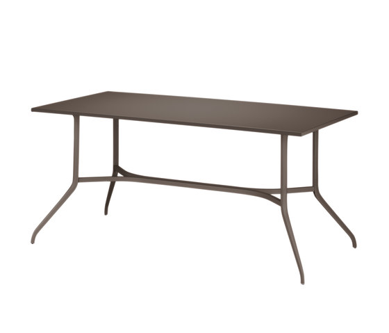 Injoy Dining table by DEDON | Dining tables
