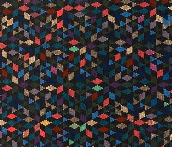 Triangles Diamond black von GOLRAN 1898 | Formatteppiche / Designerteppiche