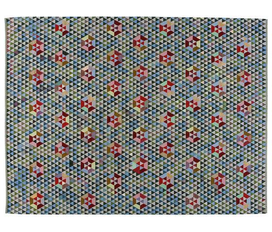 Triangles Trianglehex sweet green von GOLRAN 1898 | Formatteppiche / Designerteppiche