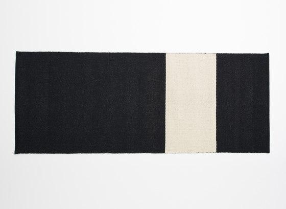 Uranus 2 Black by Johanna Gullichsen | Rugs / Designer rugs