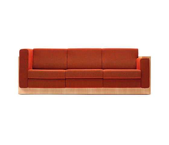 Alpha Seating Three-seater sofa by VS | Lounge sofas