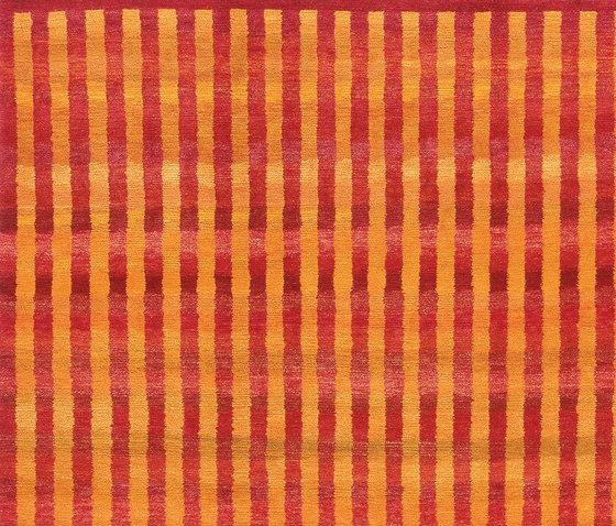 Gamba | Vertical Stripes von Jan Kath | Formatteppiche