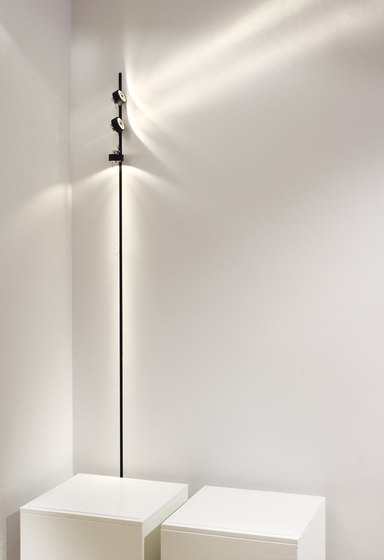 SPOT 5 by Buschfeld Design | Track lighting