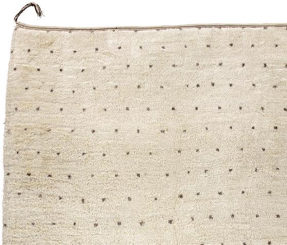 Le Maroc Blanc   Dots by Jan Kath   Rugs