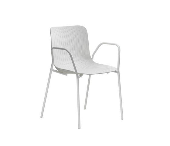 Dragonfly | Stacking chair with armrests de Segis | Sillas