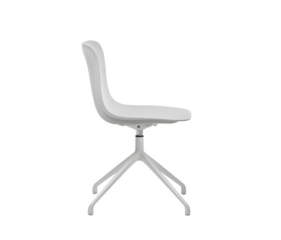 Dragonfly | Chair - 4 star swivel base by Segis | Restaurant chairs
