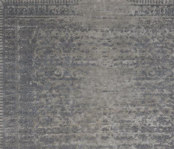 Erased Classic | Ferrara Stomped Reverse von Jan Kath | Formatteppiche / Designerteppiche