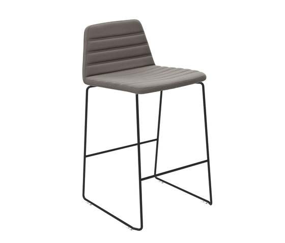 Spinal Chair 44 counter height di Paustian | Sgabelli bar