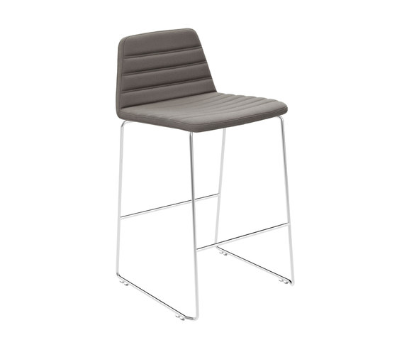 Spinal Chair 44 counter height von Paustian | Barhocker
