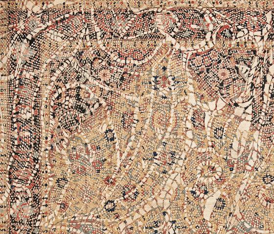Erased Heritage | Serapi Queensbury Lace von Jan Kath | Formatteppiche