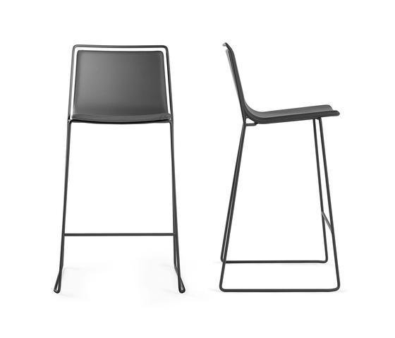 Alo Stool by ONDARRETA | Bar stools