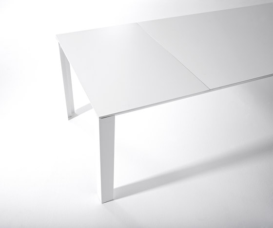 Clan by Desalto | Multipurpose tables