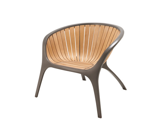 Bella Armchair by Gloster Furniture GmbH | Garden chairs