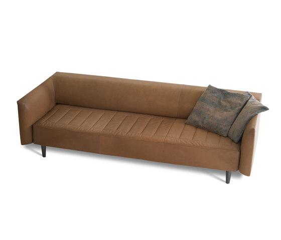 Noa Sofa by Montis | Lounge sofas