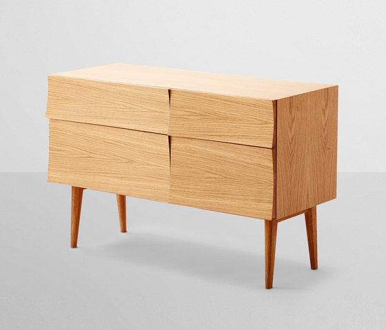 Reflect | sideboard small by Muuto | Sideboards