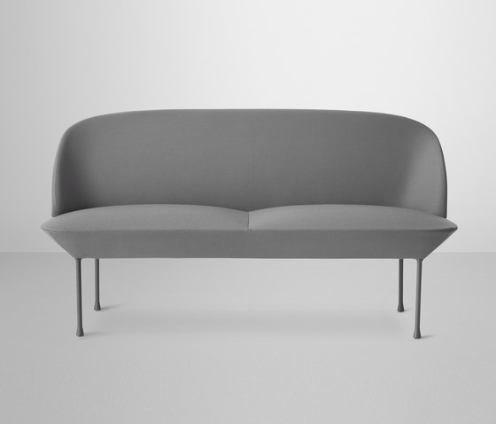 Oslo | 2-seater by Muuto | Lounge sofas