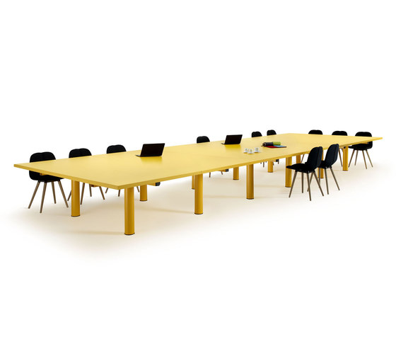 Xtra large by OFFECCT | Desking systems