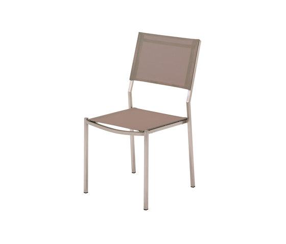 Vigo Stacking Chair de Gloster Furniture GmbH | Sillas