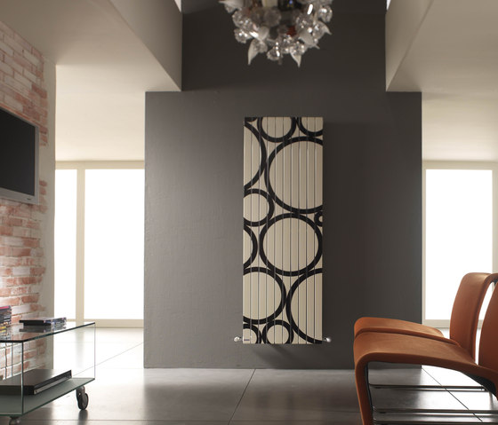 Rosy Graphic Ring vertical by Cordivari | Radiators