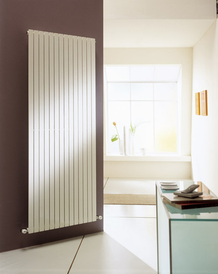 Rosy vertical by Cordivari | Radiators