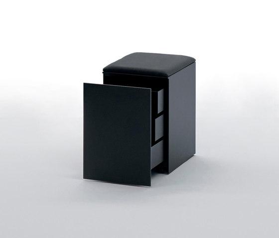 LessLess by UniFor | Pedestals