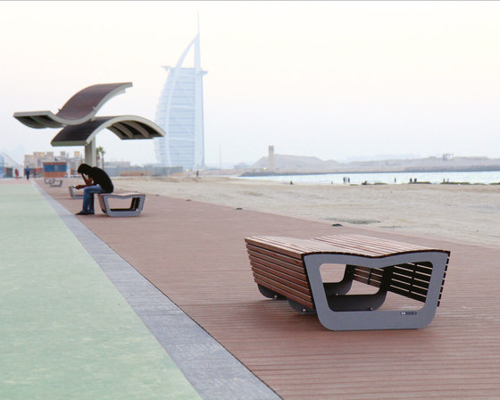 landscape | Two-sided park bench by mmcité | Exterior benches