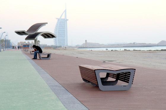 landscape Park bench by mmcité | Exterior benches