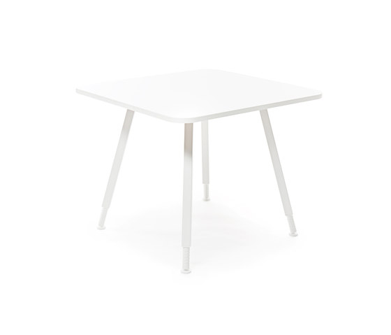 Alku conference square by Martela | Conference tables