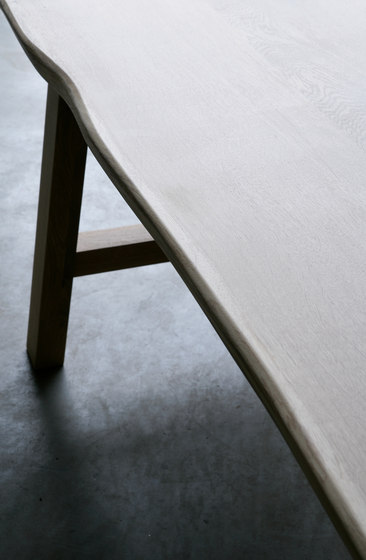 Larbus Table by Heerenhuis | Dining tables