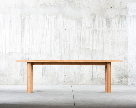Ine Table by QoWood | Dining tables