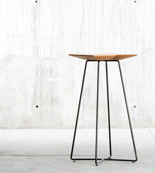 Nube High Table by QoWood | Side tables
