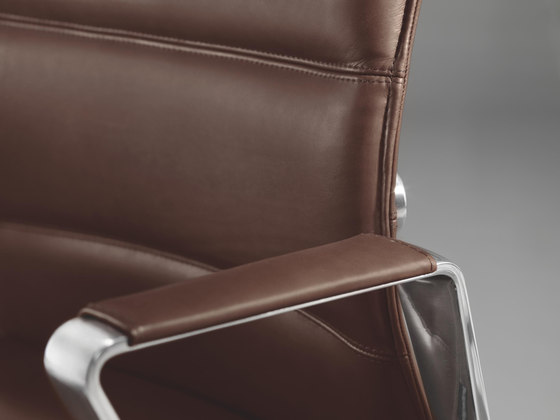 DIAGON Executive swivel chair by Girsberger | Executive chairs