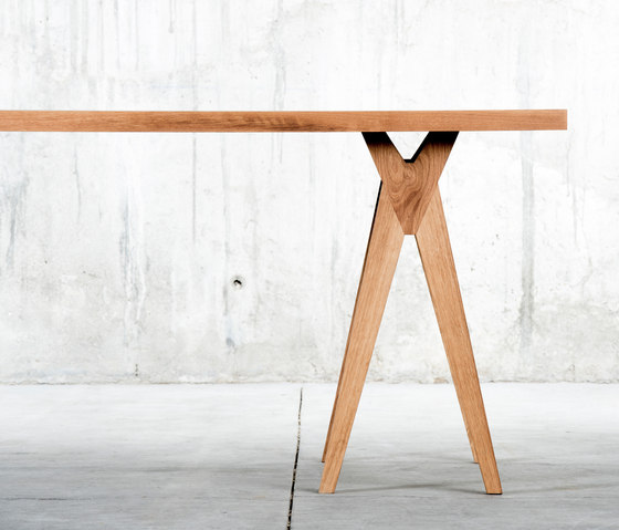 Yoy Table by QoWood | Dining tables