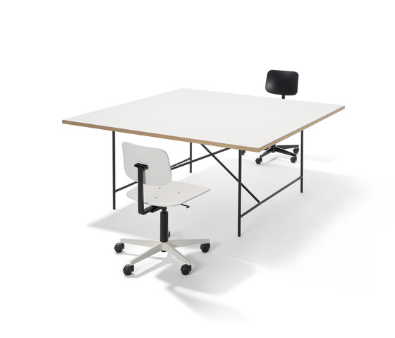 Eiermann 1 conference by Lampert | Desking systems