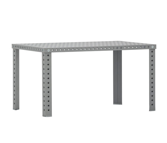 3+ Table M | grey matt de Zieta | Tables de restaurant