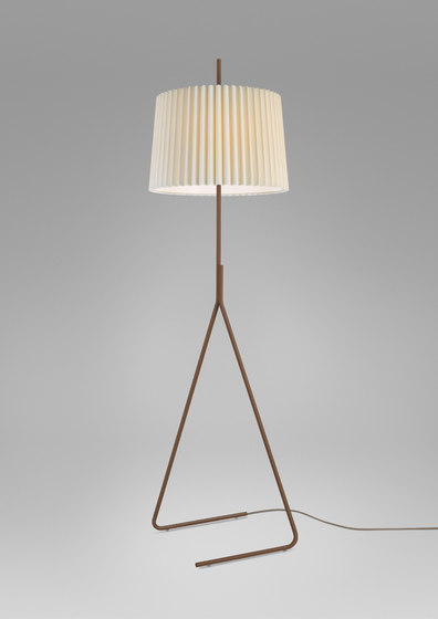 Fliegenbein Floor Lamp by Kalmar | General lighting