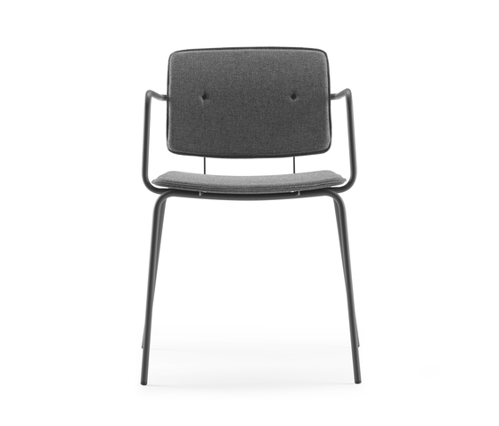 Don Chair upholstered with armrests by ONDARRETA | Restaurant chairs