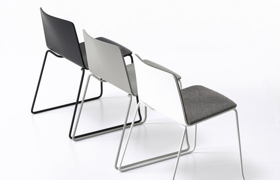Rama Slide Base by Kristalia | Restaurant chairs