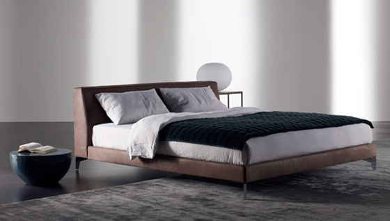 Louis Up Bed by Meridiani | Double beds