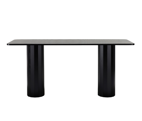 Cap Table by Karl Andersson | Restaurant tables