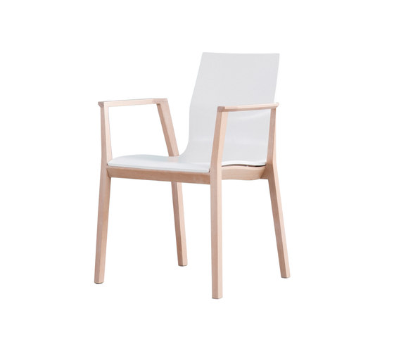 Tonica Wood chair by Magnus Olesen | Visitors chairs / Side chairs