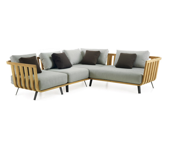 Welcome Sofa by Unopiù | Garden sofas