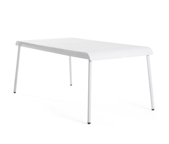 Corail Dining Table by Oasiq | Dining tables