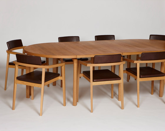 Mix with solid wooden legs by Magnus Olesen | Conference tables