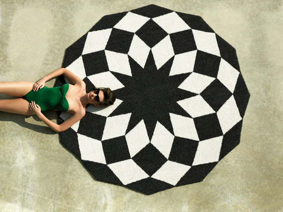 Marquis rug by Vondom | Outdoor rugs