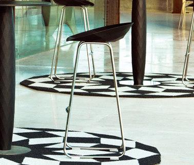 Vases stool by Vondom | Bar stools